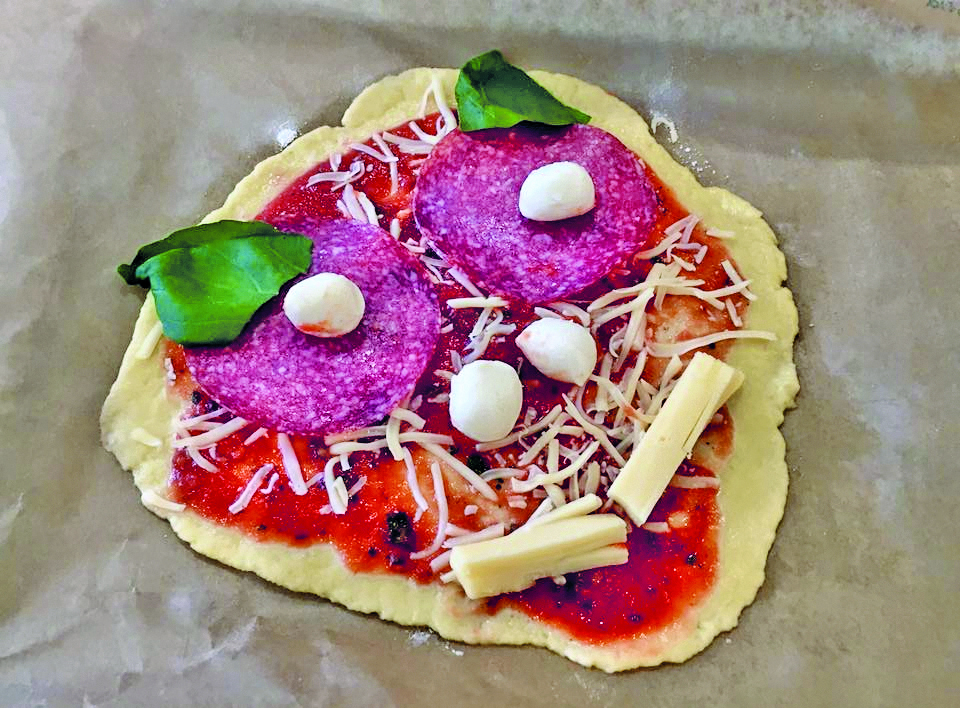 S+K Pizzabacken Pizza 01 cmyk